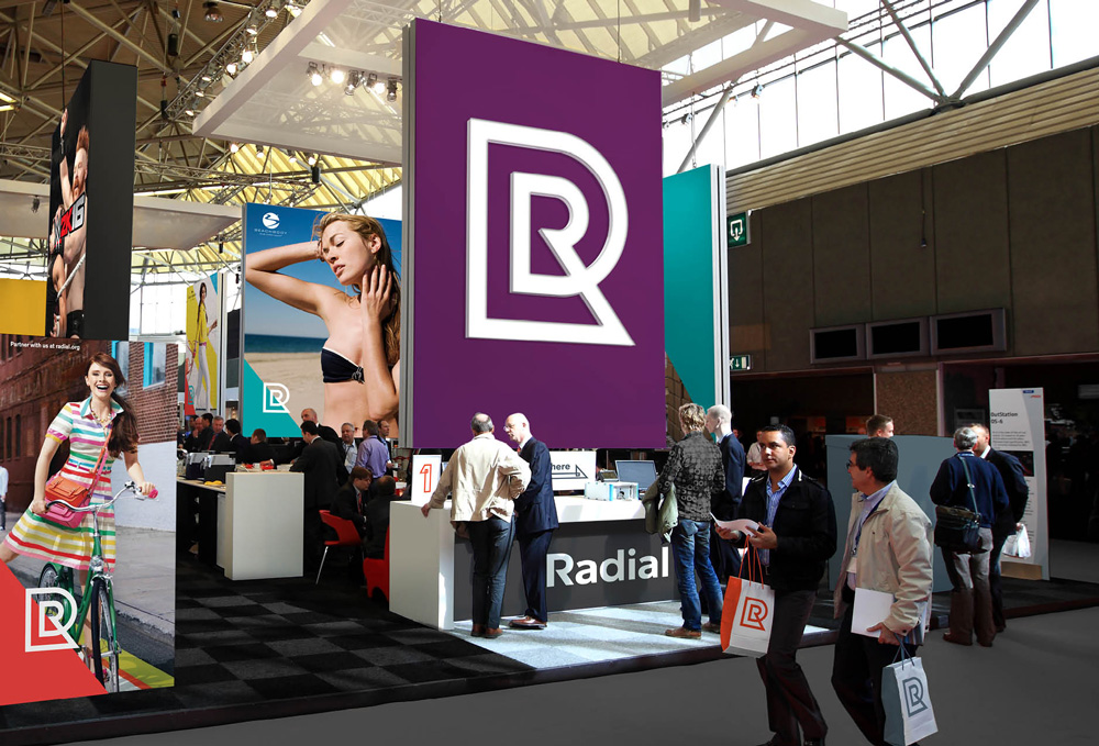 radial_booth.jpg