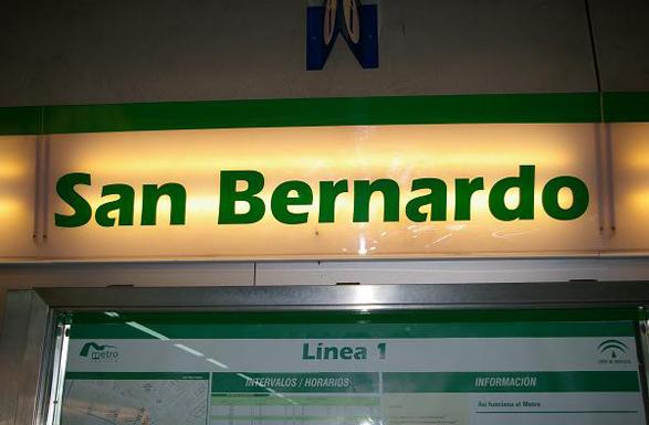 imagen de la tipografía utilizada en el metro de Sevilla