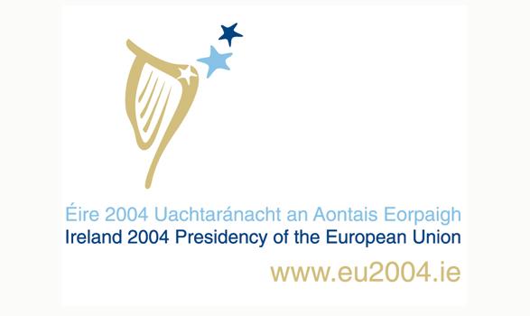 logo de la presidencia europea de Irlanda 2004