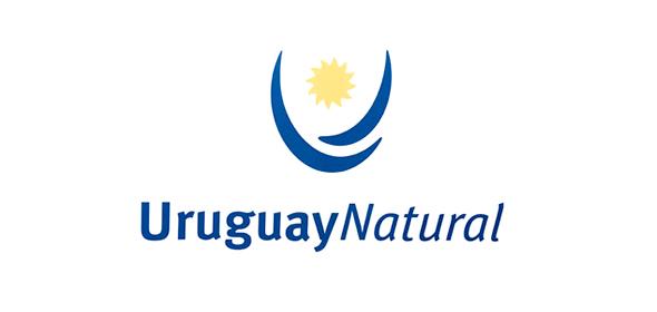 logo de la marca país Uruguay natural