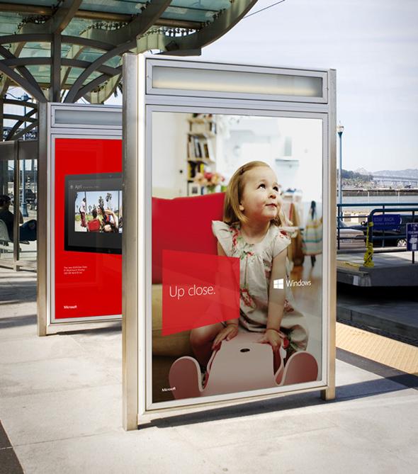 imagen publicidad windows 8 en parada de autobus