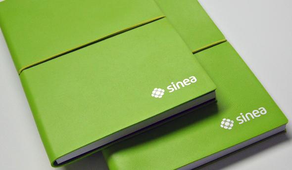sinea labelling en cuadernos y material de oficina
