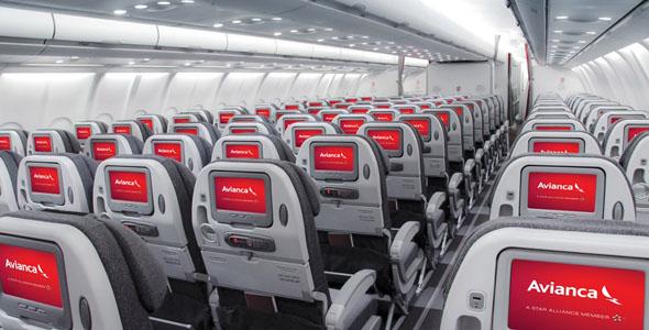 Imagen del interior de un avión con la nueva imagen de Avianca