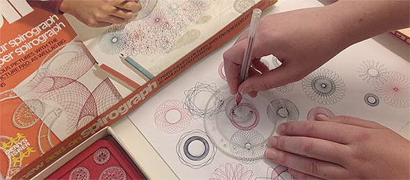 Spirograph-in-use