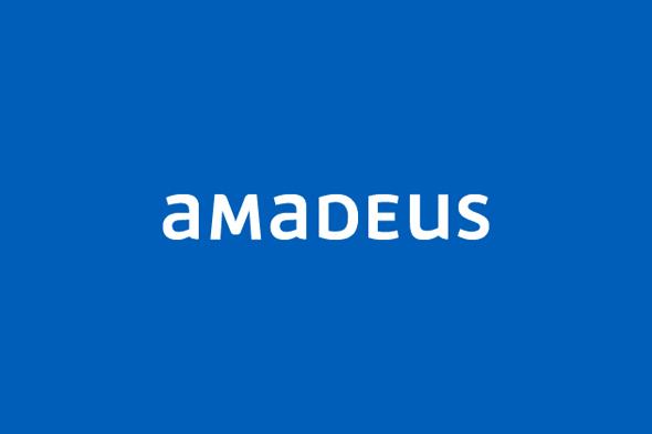 Amadeus fondo azul