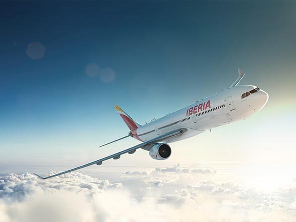 imagen avion de iberia con nuevo rediseño de marca